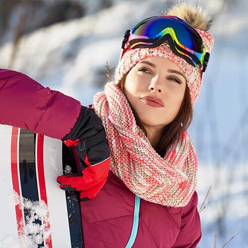 frau-mit-skianzug